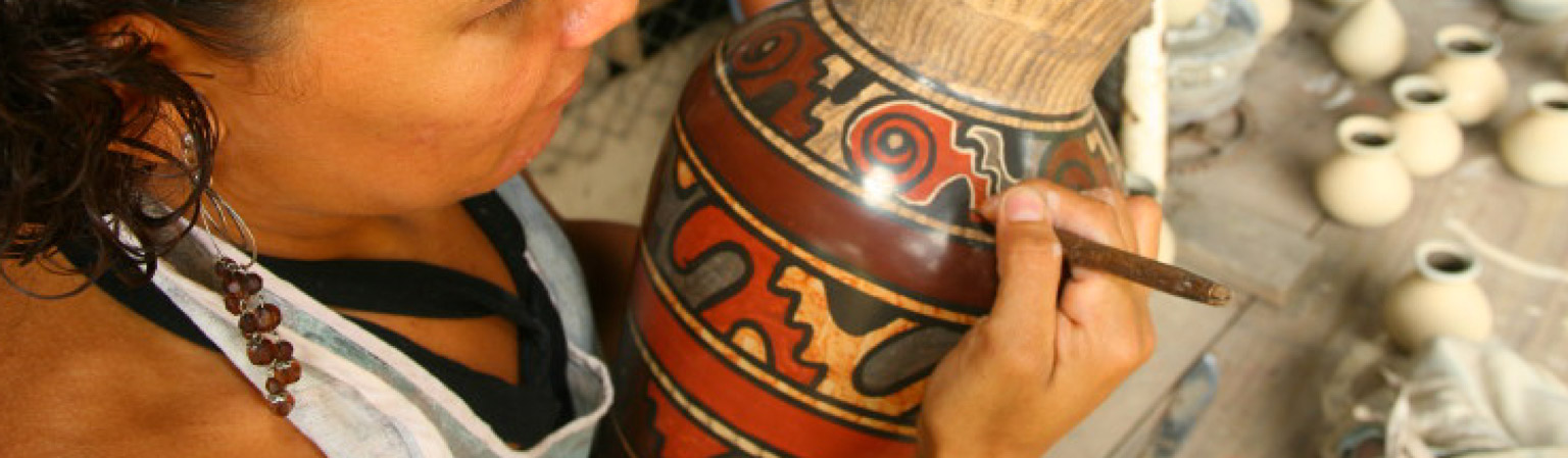 Guaitil Pottery Shopping